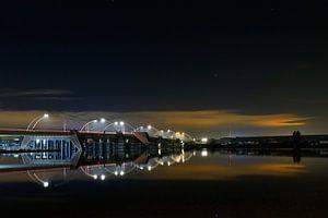 Schoterbrug bij nacht van