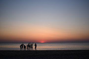 Sunset playtime van Jeanette van Starkenburg