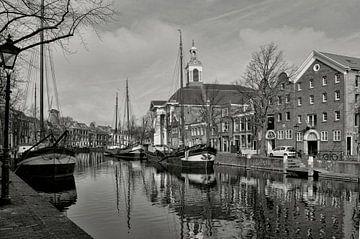 Schiedam-Zicht op Lange Haven (z.w.) von Leo Huijzer