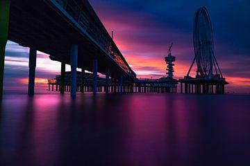 Pier Scheveningen Sonnenuntergang von Kevin Coellen