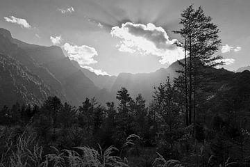 Wolkenstimmung in den Bergen von Andreas Kilian