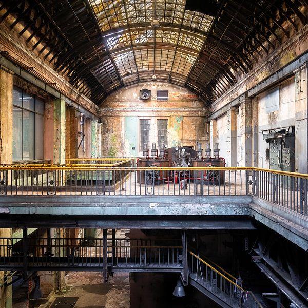 Verlaten Industrie in Verval. van Roman Robroek