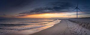 Panorama von einem Sonnenuntergang am Strand von Jonas Weinitschke