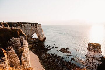 De kust van Frankrijk, Etretat van Lindy Schenk-Smit