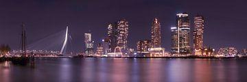 Skyline van Rotterdam bij nacht, Kop van Zuid van Henno Drop
