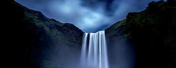 IJsland Skógafoss van