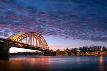 Nijmegen Waalbrug 2 van Rick Giesbers