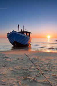 Fischkutter am Strand  van Tilo Grellmann
