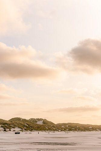 Zonsondergang op het strand van Midsland aan Zee, Waddeneiland Terschelling