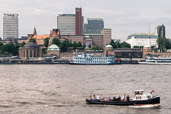 Zicht op Hamburg van Frenk Volt