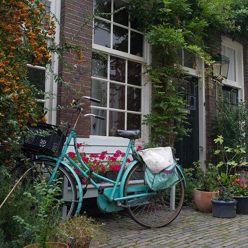 Utrechtse aqua opoefiets