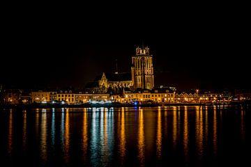 Die Skyline von Dordrecht am Abend von Eddie Visser