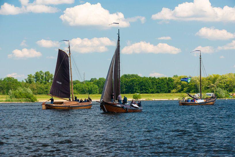 Botters op het Eemmeer bij Spakenburg van Brian Morgan