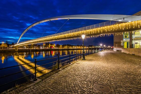 Winteravond in Maastricht van Bert Beckers