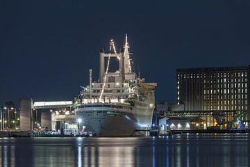 Het achtersteven  van het ss Rotterdam in Rotterdam Katendrecht