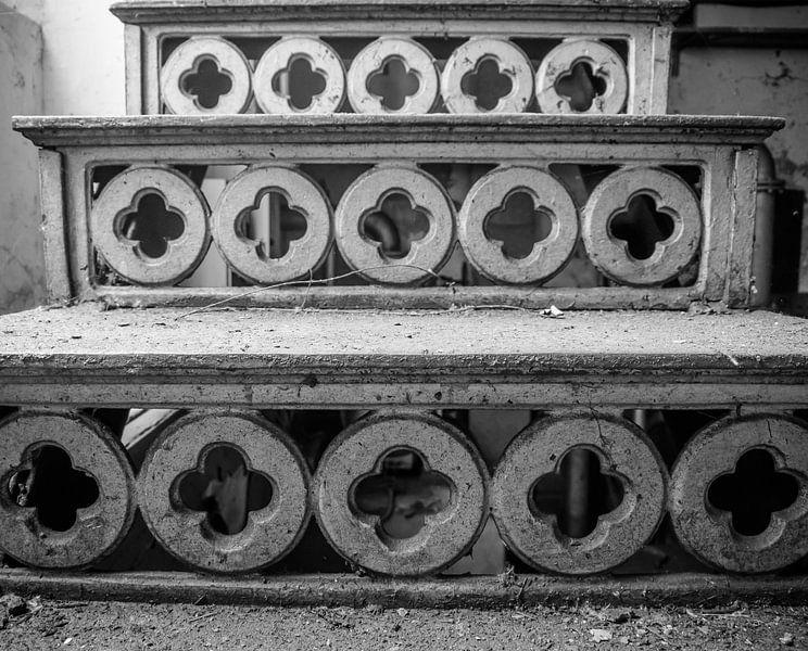 Een trap omhoog/naarbeneden van Martijn Tilroe