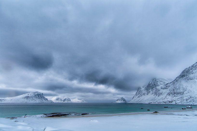 Sneeuwstorm in Aantocht van Niels den Otter