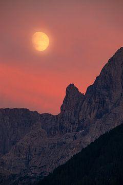 Mond über den Lienzer Dolomiten - Osttirol - Österreich
