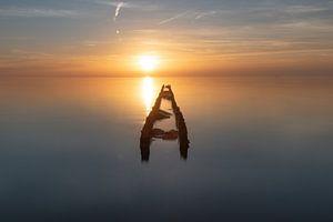 Zonsondergang langs het IJsselmeer van Dirk Sander