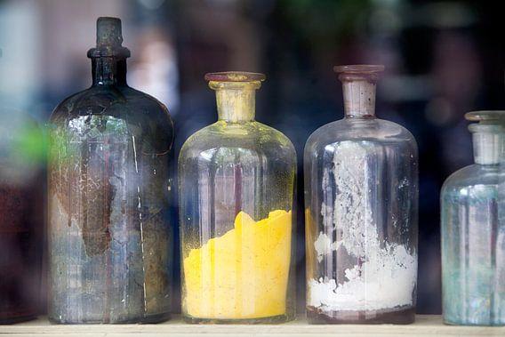 Nostalgische flessen met pigment