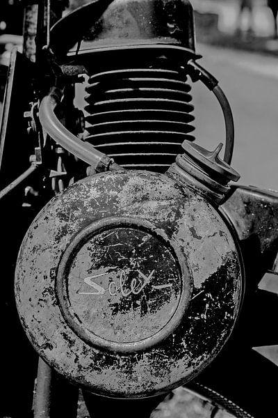 Solex motorblok zwart/wit van Peters Foto Nieuws l Beelderiseren