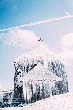 Kapel In Sneeuw van Patrycja Polechonska