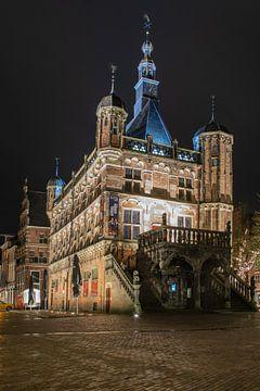 De Waag Deventer, in de avond van Meindert Marinus