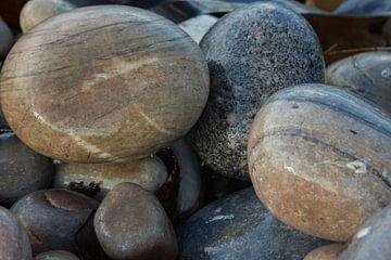 Stenen strand Donegal  Ierland van By Foto Joukje