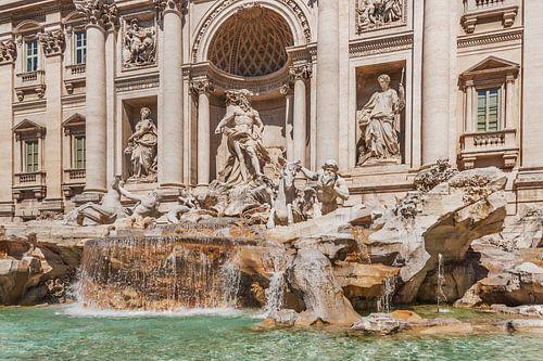 Trevi-Brunnen, Rom von