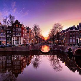 Amsterdamse gracht van Peter de Jong