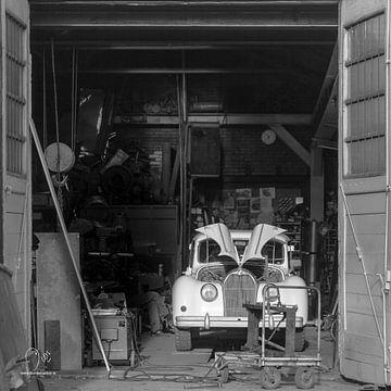 Vintage garage von Dion de Bakker