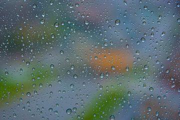 Regendruppels op mijn raam van Kok and Kok
