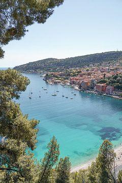 Kleurrijk Villefranche Sur Mer   Franse Riviera van Henrike Schenk