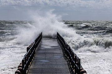 Storm bij paalhoofd Westkapelle van