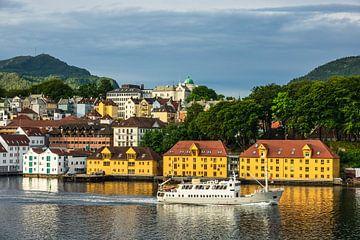 Blick auf die Stadt Bergen in Norwegen sur Rico Ködder