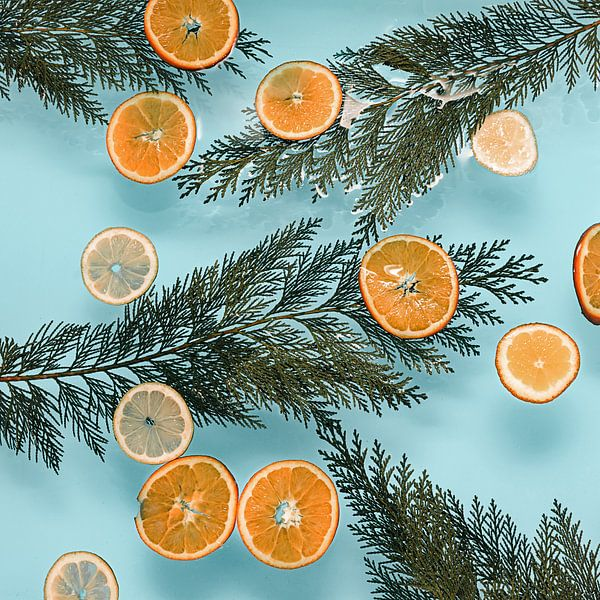 Valencia vibes - Sinaasappels // baby blauw van Nikki Segers