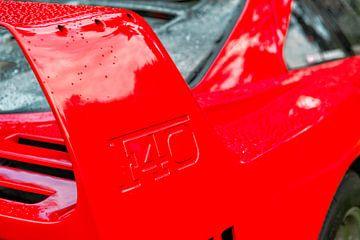 Ferrari F40 supercar van de jaren '80 achterspoiler detail van Sjoerd van der Wal