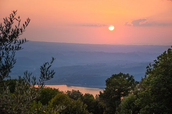 Sonnenuntergang am Lago di Corbara, Italien