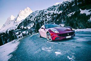 Ferrari FF van