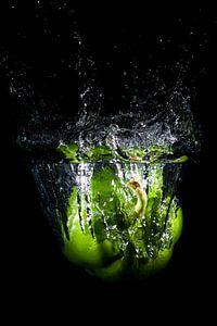 Splashing paprika