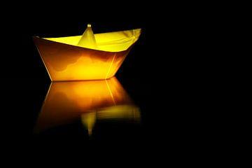 Beleuchtetes Boot von Frank Herrmann