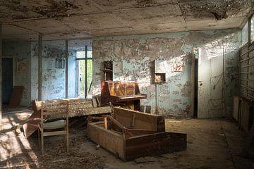Magasin de piano abandonné. sur Roman Robroek