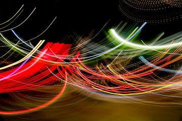 abstraktes Werk aus Lichtstreifen von Marit Lindberg