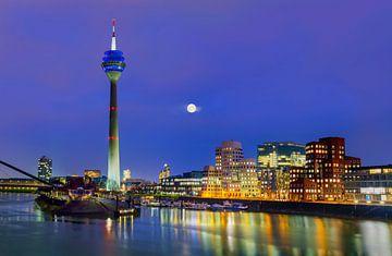 Mediahafen, Düsseldorf von Adelheid Smitt