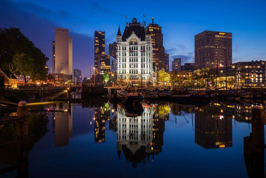 De Oude Haven en Het Witte Huis in Rotterdam van Evert Buitendijk