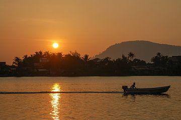 Kampot Sunset von Tomas Middelweerdt