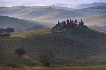 De ochtend ontwaakt in Toscane van