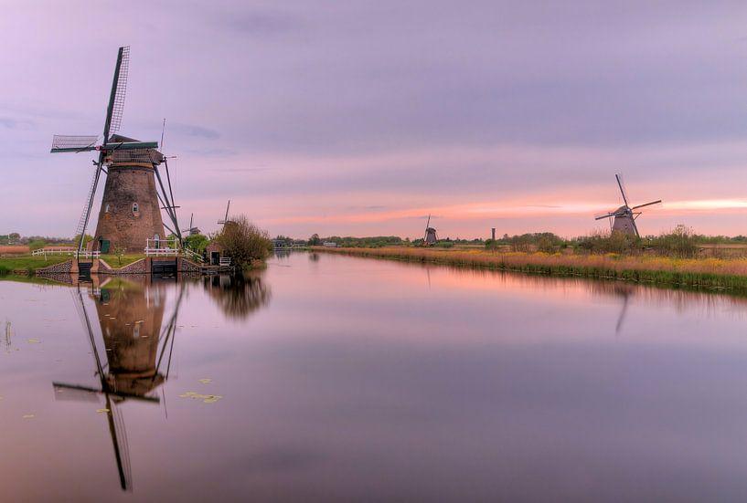 Zondsondergang molens Kinderdijk van Sigrid Klop
