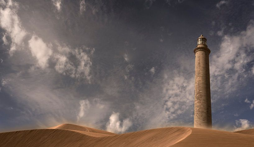 0179 Lighthouse in the desert van Adrien Hendrickx
