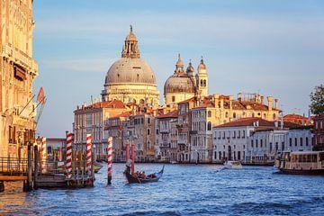 Venetië - Basiliek Van Santa Maria della Salute van Arja Schrijver Fotografie